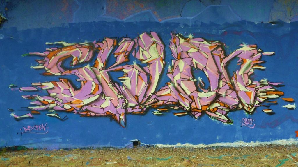 September and Graffiti in Prague 098