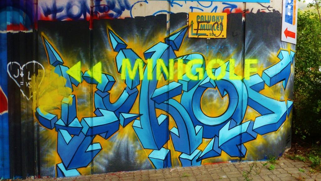 September and Graffiti in Prague 136