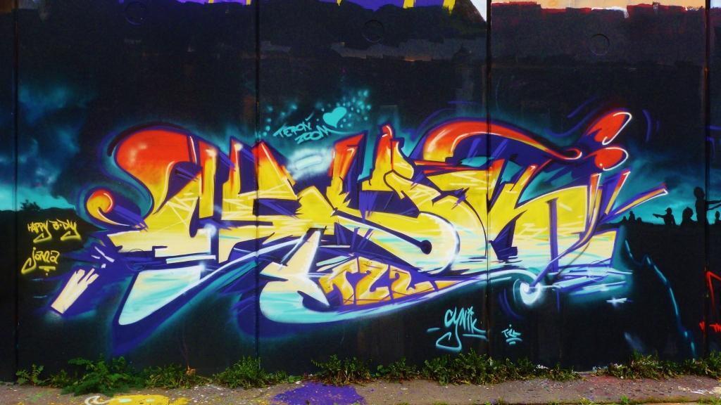 September and Graffiti in Prague 144