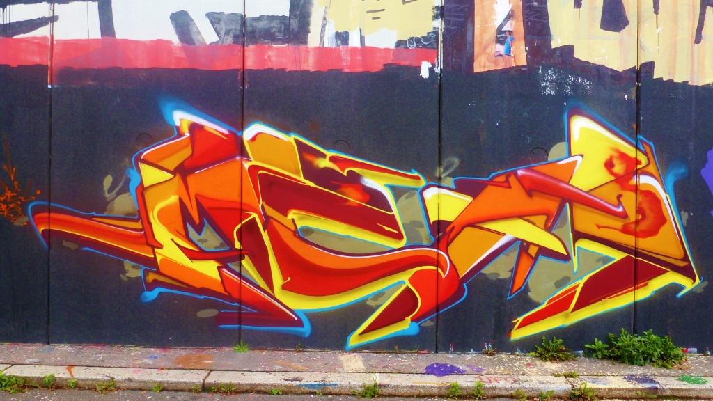September and Graffiti in Prague 146
