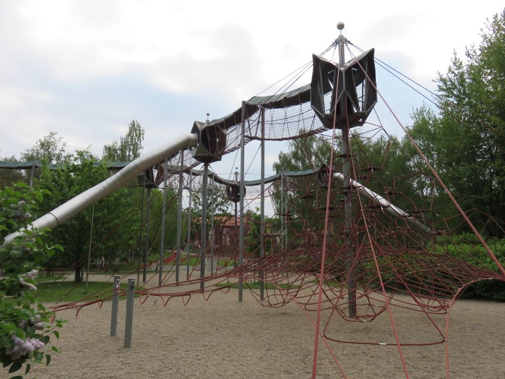 Playground! 001